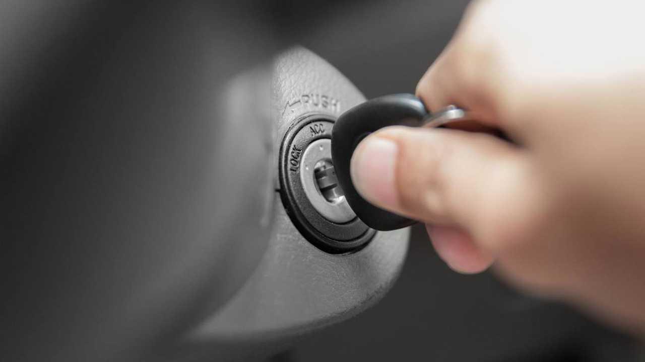Copertina Decreto sicurezza: niente misure anti-terrorismo per il car sharing