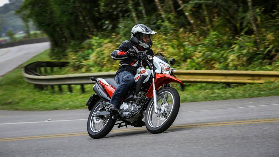 Honda Bros 160 agora é vendida em versão única por R$ 12.250