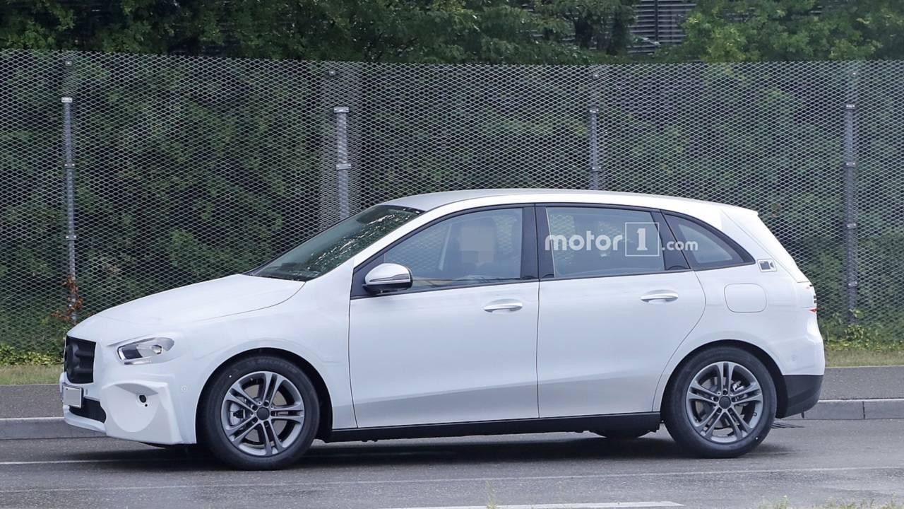 Mercedes-Benz Clase B 2018 nuevas fotos espía