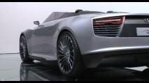 Salão de Paris: Audi e-tron Spyder Concept - Vídeos