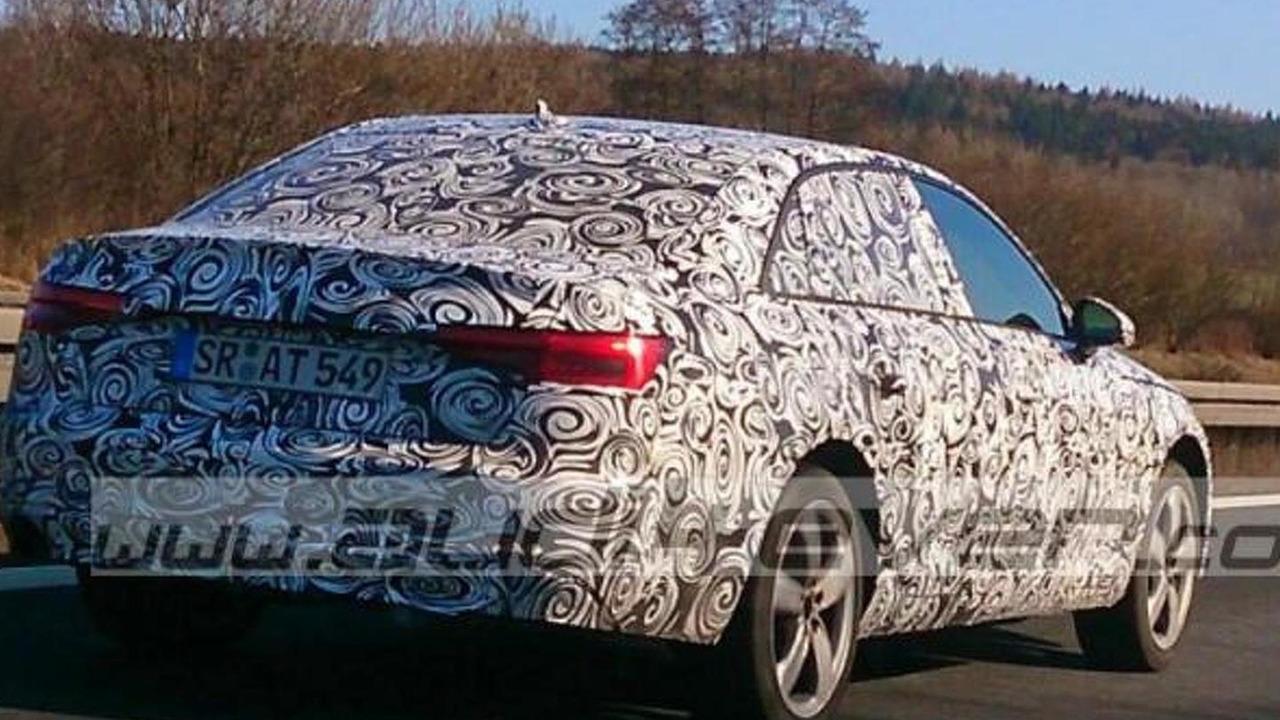 2016 Audi A4 spy photo / Audi4Ever