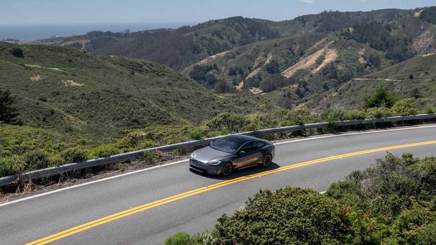 Tesla: Battery Capacity Retention Averages 90% After 200,000 Miles