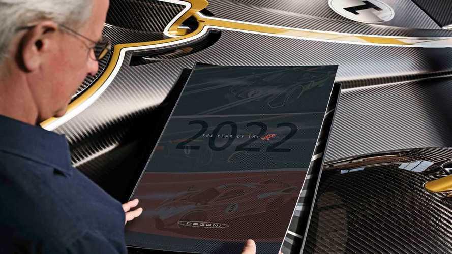 Pagani, il calendario 2022 è dedicato alla Huayra R