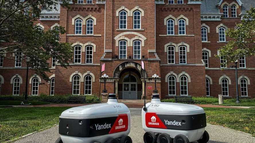 В США заработал Яндекс. Он кормит студентов