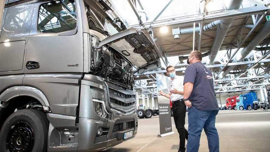 Un Mercedes-Benz Actros Edition 2 ritirato in fabbrica a Wörth