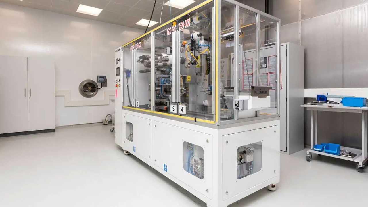 VW eröffnet Entwicklungs- und Prüflabor für Batteriezellen in Salzgitter
