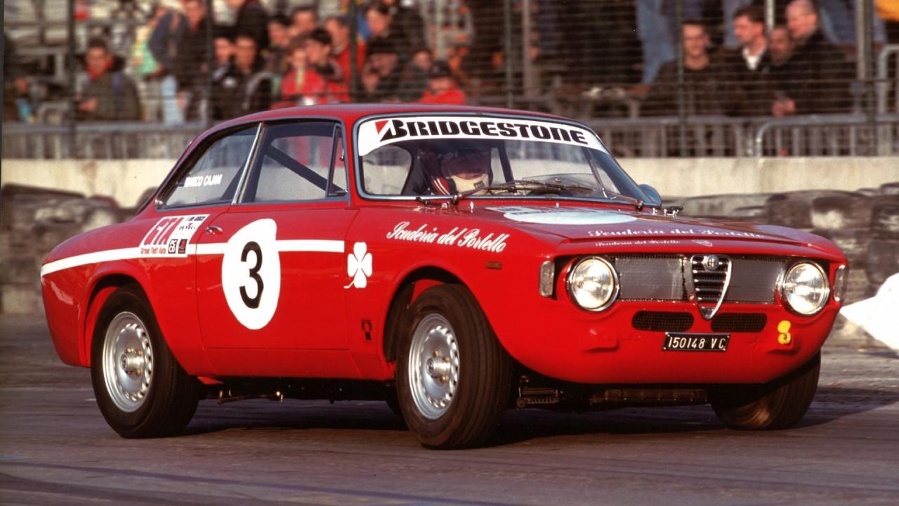 [Copertina] - Al Motor Show 2017 si sfideranno 16 Alfa Romeo storiche