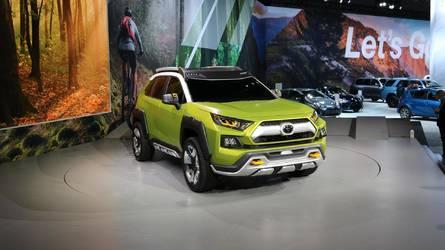 FT-AC néven debütált a Toyota újabb terepre szánt tanulmánya