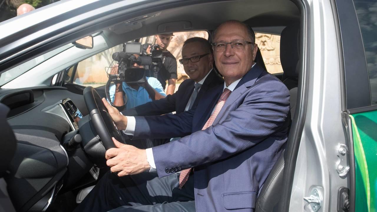 Toyota Prius Flex - Apresentação