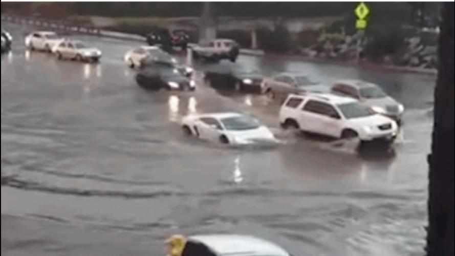 "Una Lamborghini ""sott'acqua"" a San Diego [VIDEO]"