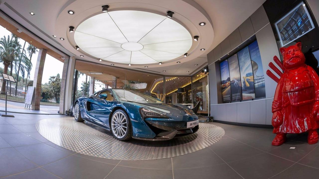 2016 Paris Otomobil Fuarı'na gelmeyen otomobil üreticileri