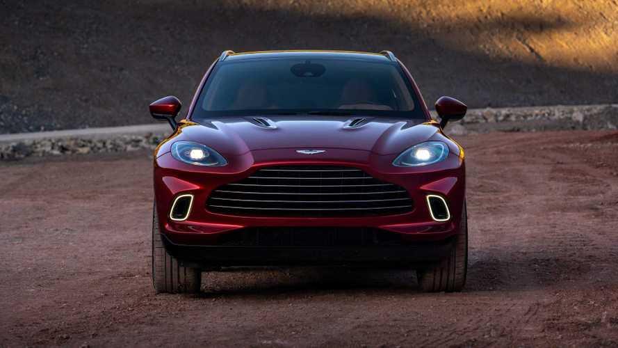 Aston Martin DBX, in arrivo l'ibrida plug-in e la V12