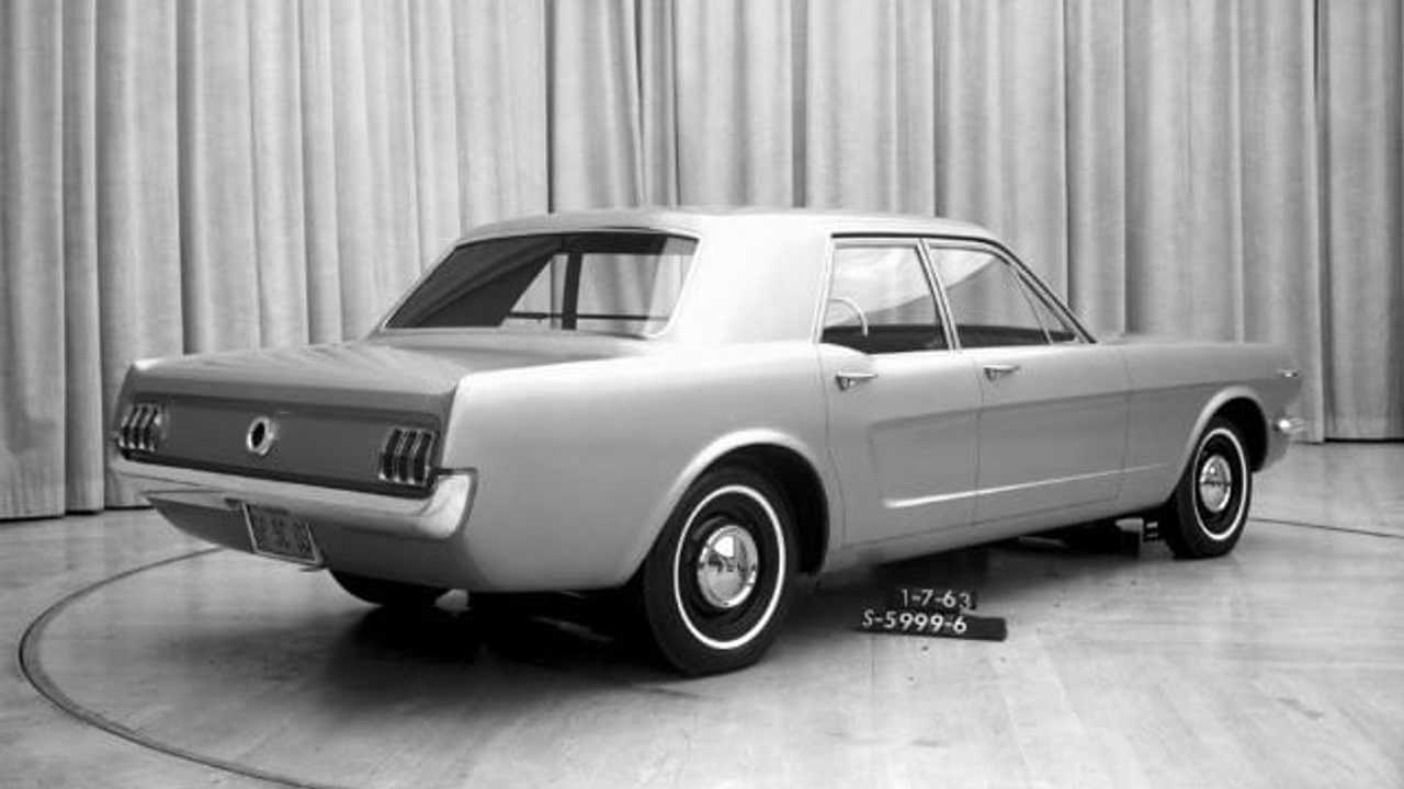 1963 Ford Mustang Sedan