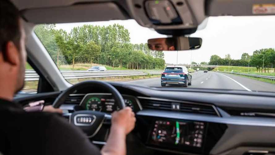 Quanto sta crescendo davvero l'autonomia delle auto elettriche