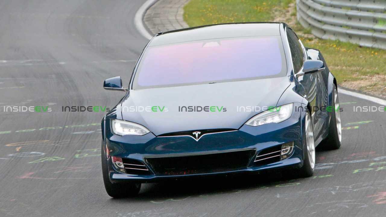 Tesla Model S P100D+ Nurburgring