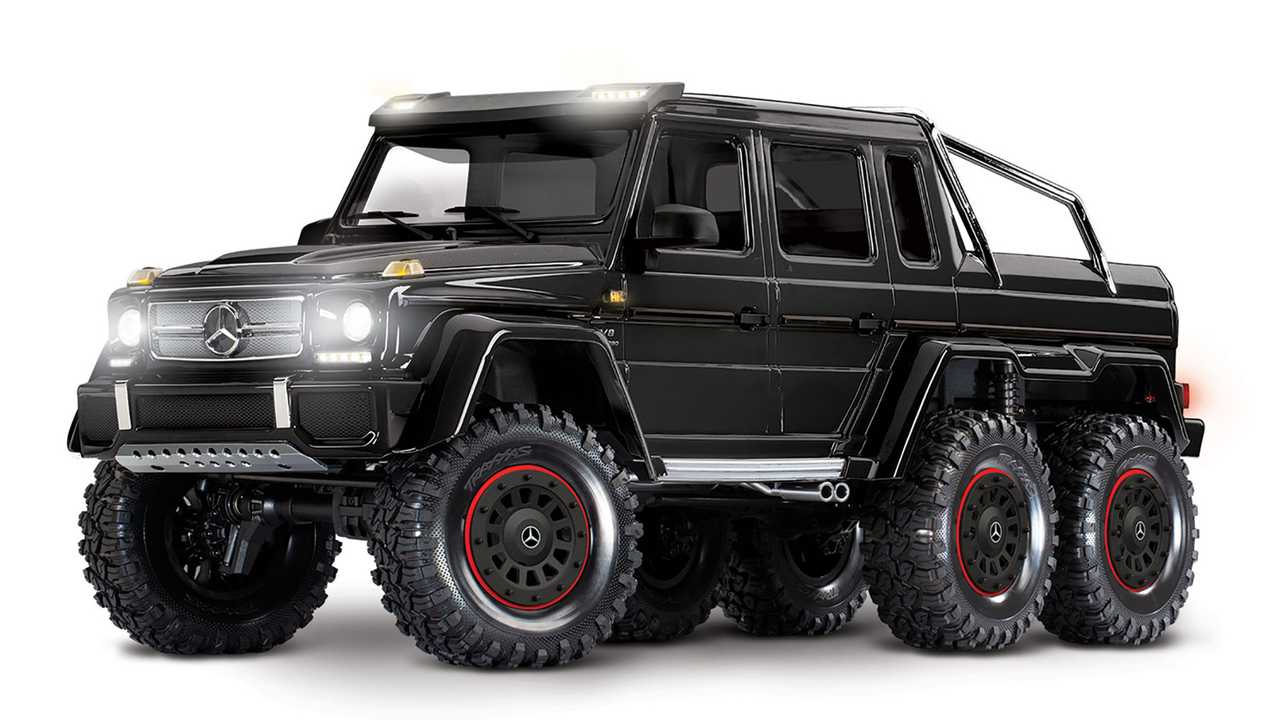 Traxxas Trx 6 Mercedes Amg G63 6x6 Is Ready To Tackle The Rubicon