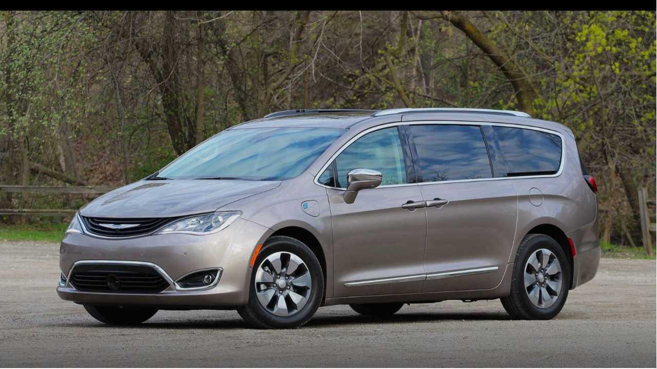 3. Chrysler Pacifica Hybrid