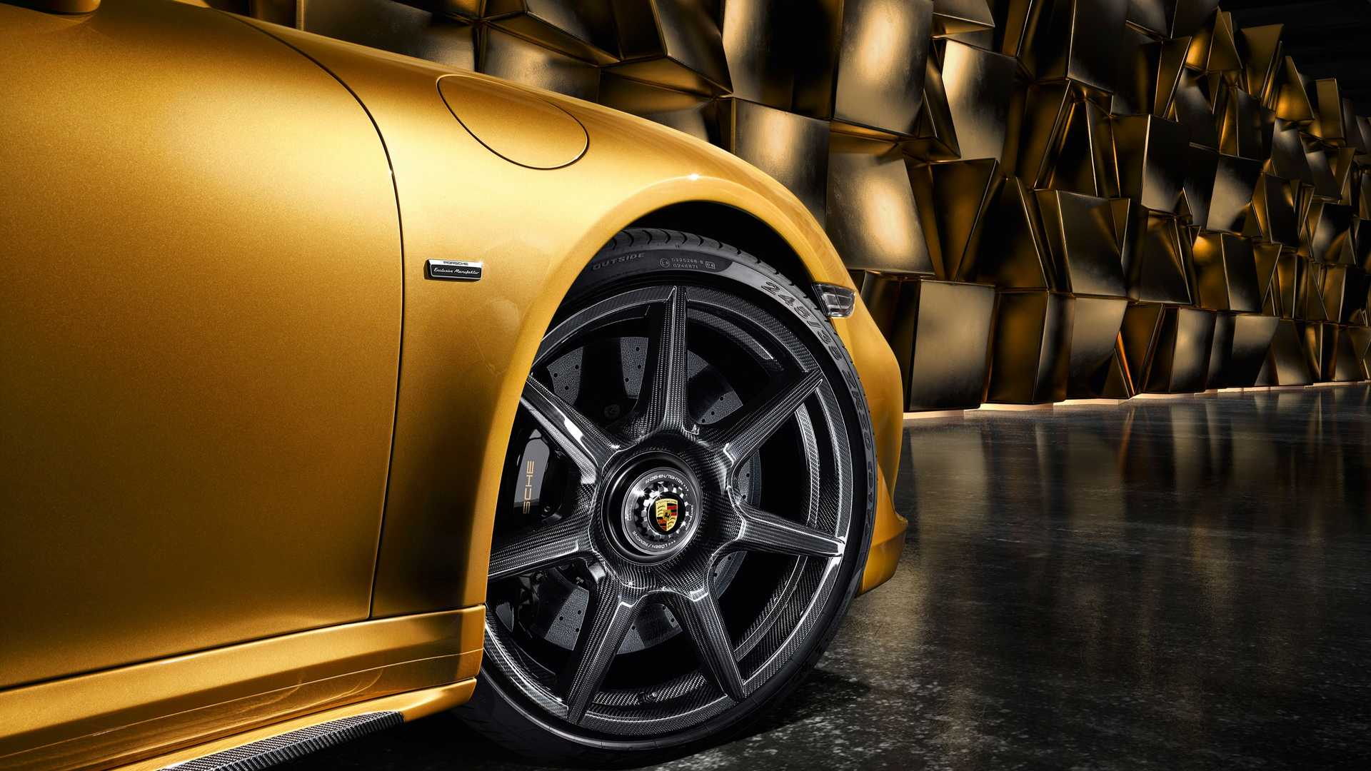 Porsche Goes Full OCD On How Its Wheel Center Caps Are Aligned