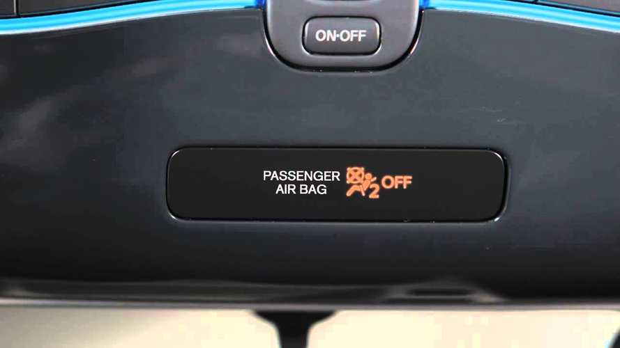 Nissan LEAF Affected By Massive Airbag Non Deployment Recall