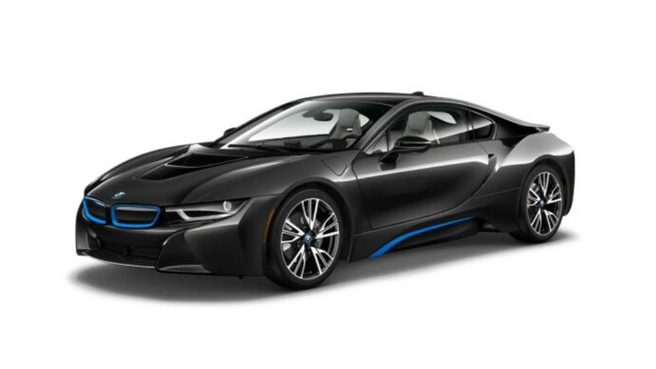 <strong>BMW i8</strong>