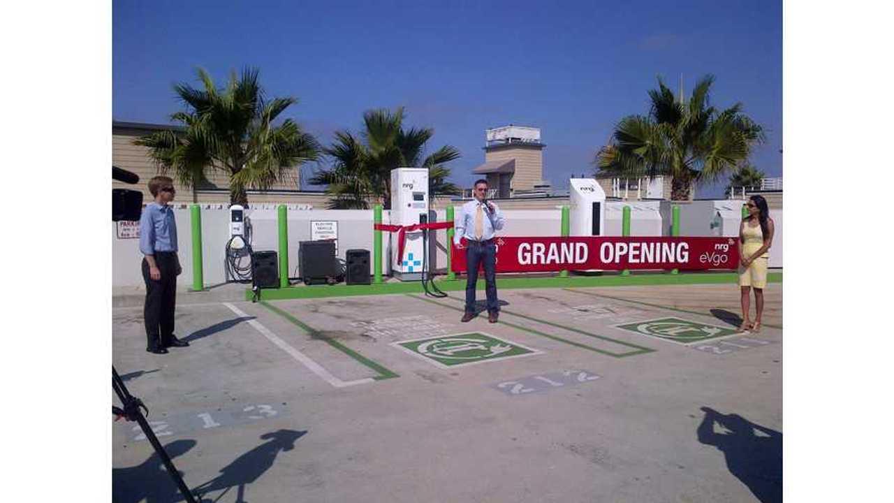 Los Angeles Mayor Declares Target Of 1,000 Charging Stations Citywide