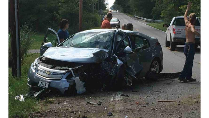 Chevy Volt Crashes Into Telephone Pole