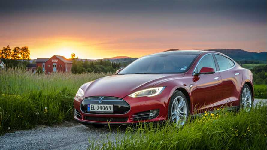 You Can Now Rent Bjorn Nyland's Tesla Model S - Video