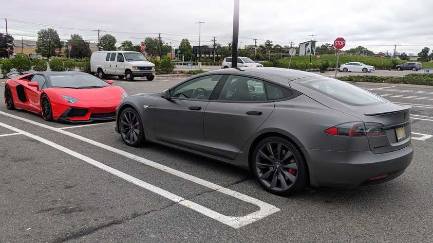 Here's What MKBHD Learned About Tesla Repair Process: Video