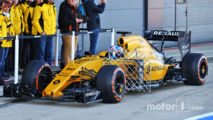 Jolyon Palmer, Renault Sport F1 Team RS16 running sensor equipment