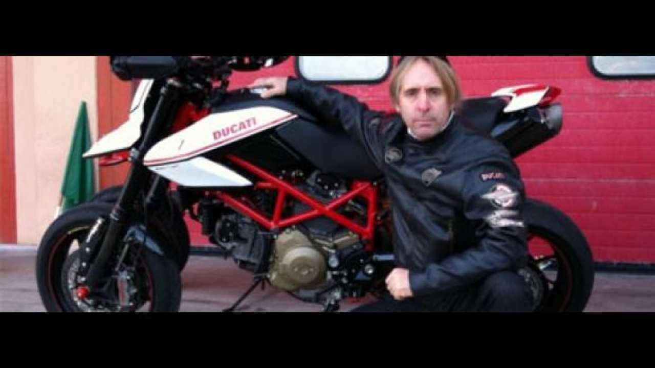Vis à vis con David James sulla Hypermotard EVO