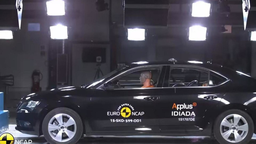 Skoda Superb obtains five-star rating in Euro NCAP crash tests [video]