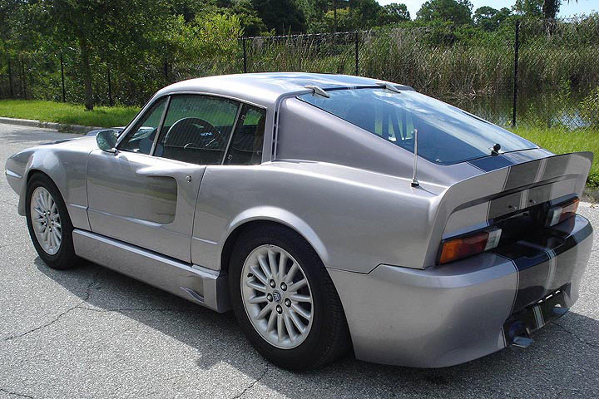 """This Saab Really, Really Wants to Be an """"Eleanor"""" Ford Mustang"""