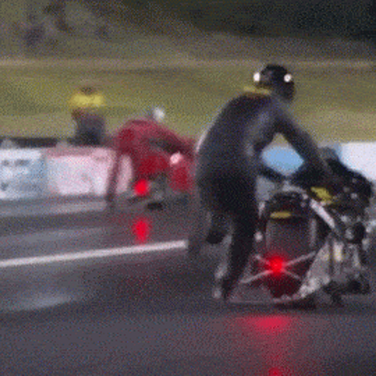 Watch This Drag Race Turn Into a Hilarious All-Out Foot Race