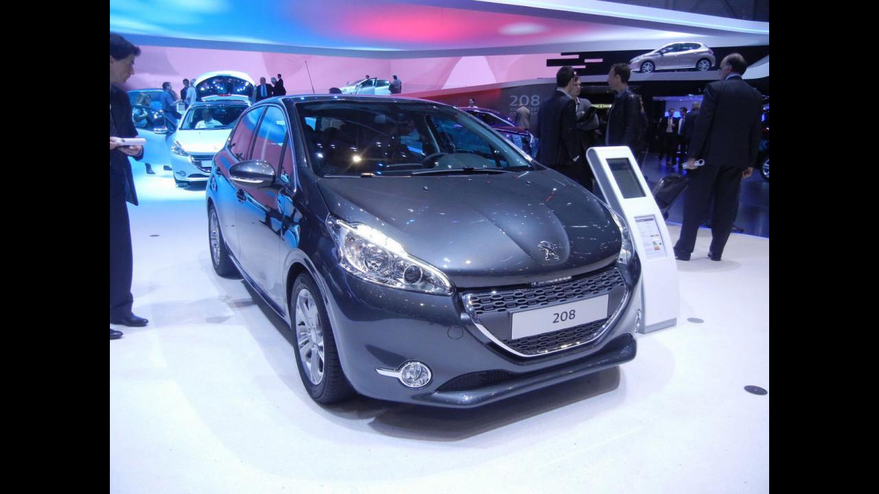 Nella Peugeot 208 al Salone di Ginevra 2012