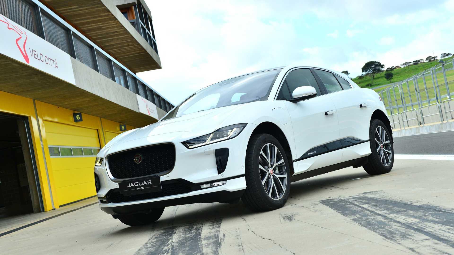 Jaguar I-Pace já respondeu por 12,3% das vendas da marca em outubro