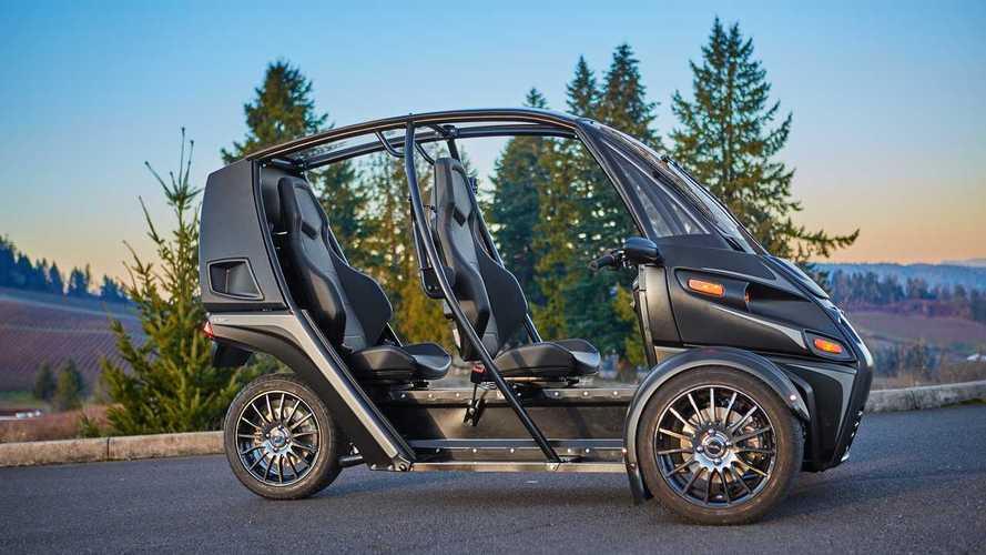 Elon Musk Crashed Arcimoto FUV: No Wonder He Won't Support 3-Wheelers