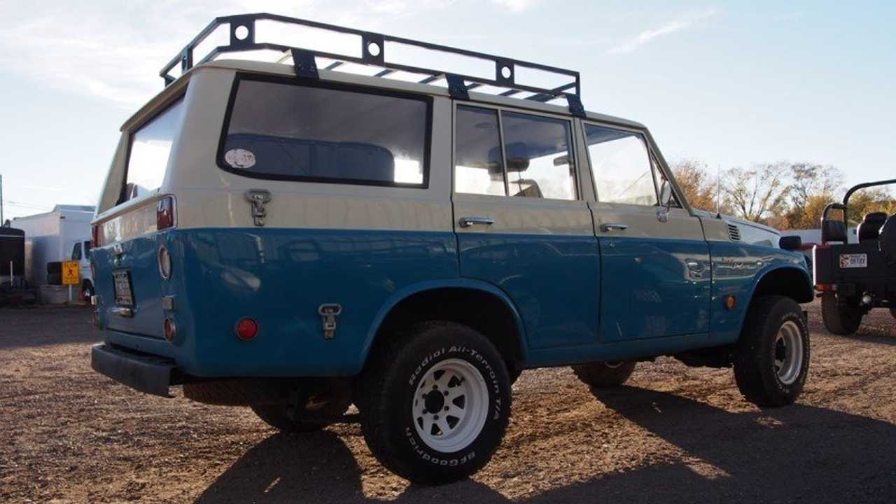 Ford-Powered FJ55: 1969 Toyota Land Cruiser