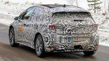Volkswagen ID, nuove spy photo dell'elettrica tedesca