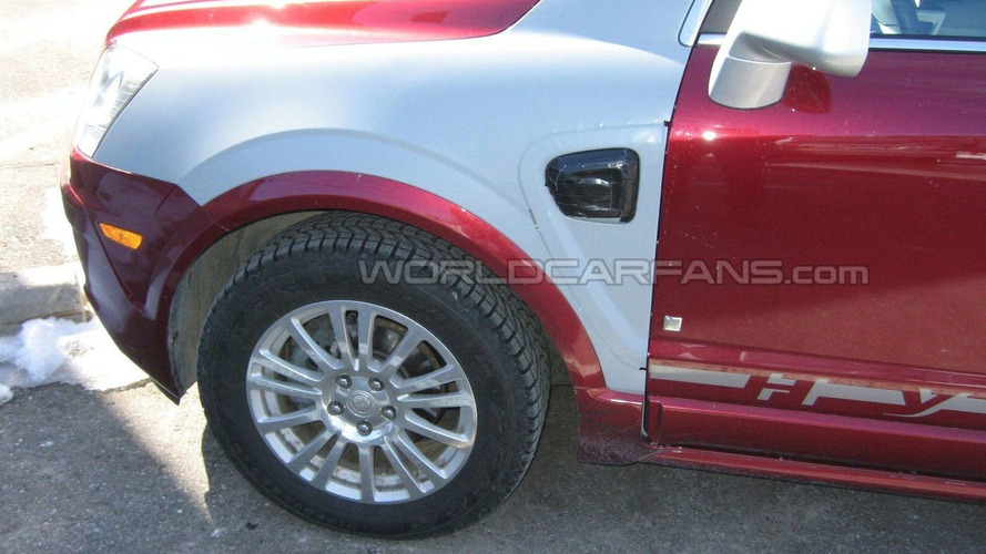Saturn Vue-Based Plug-In Hybrid Prototype/Mule Spied