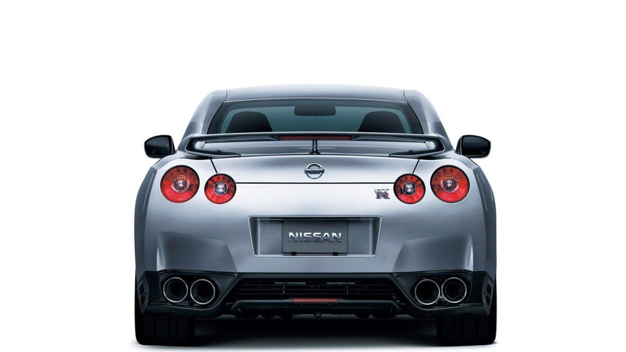 2012 nissan gt r gets more power and a new specr version. Black Bedroom Furniture Sets. Home Design Ideas