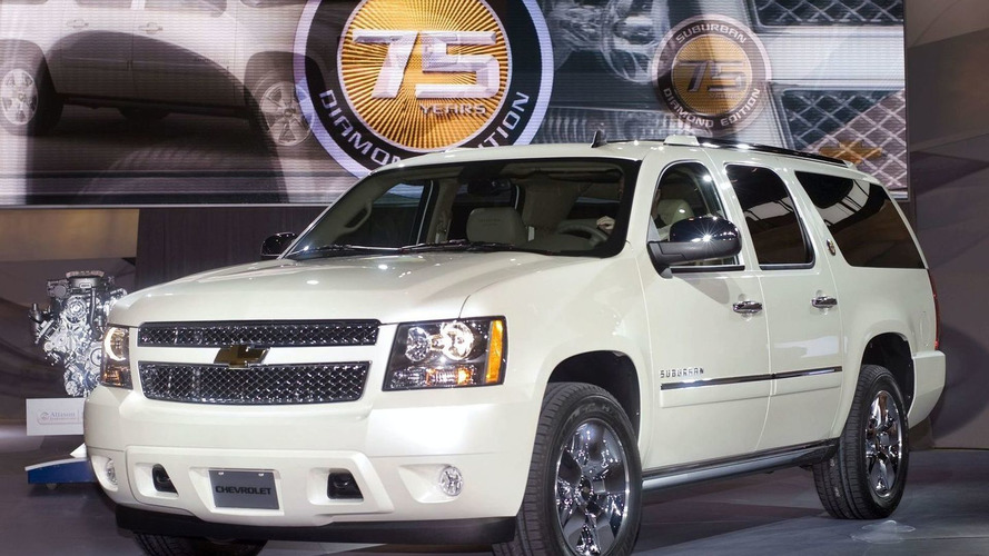2010 Chevrolet Suburban 75th Anniversary Diamond Edition Debut in Chicago
