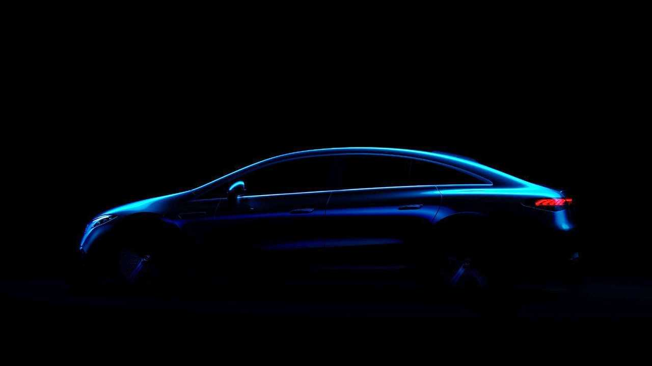 A first look at the Mercedes EQS' silhouette without any camouflage whatsoever