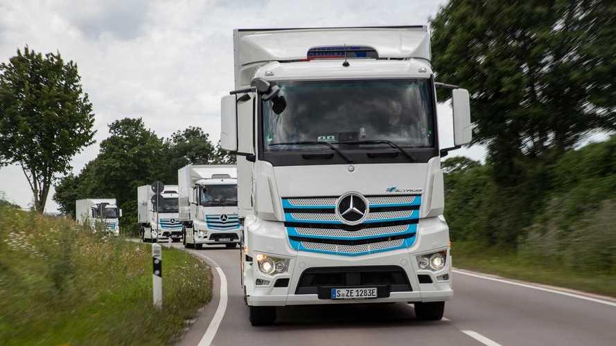 Mercedes eActros, il debutto è per il 30 giugno