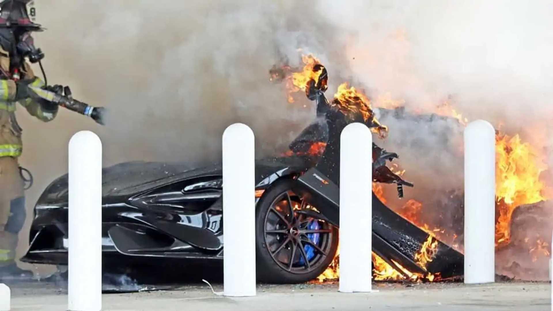 McLaren 765LT Pennsylvania Fire Flames And Firefighter