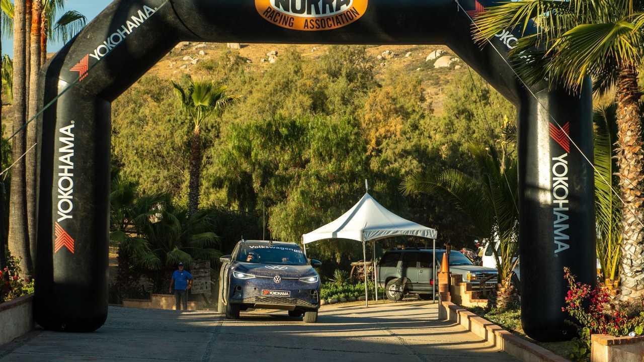 Volkswagen ID.4 NORRA Meksika arazi yarışına katıldı