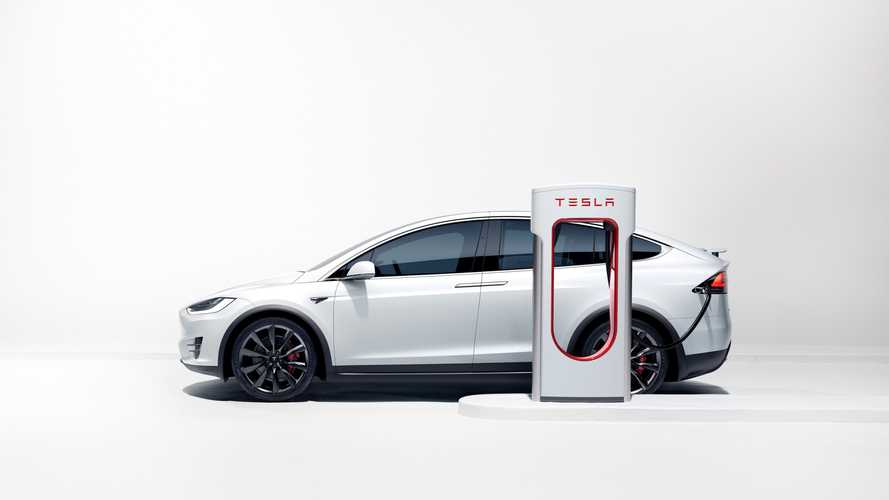 Free Tesla Supercharging At Some Stations For 4th Of July Weekend