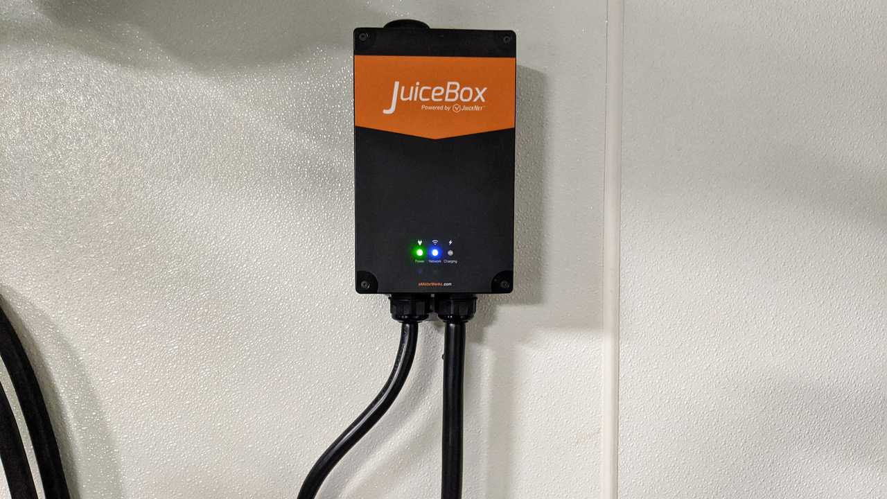 Enel JuiceBox