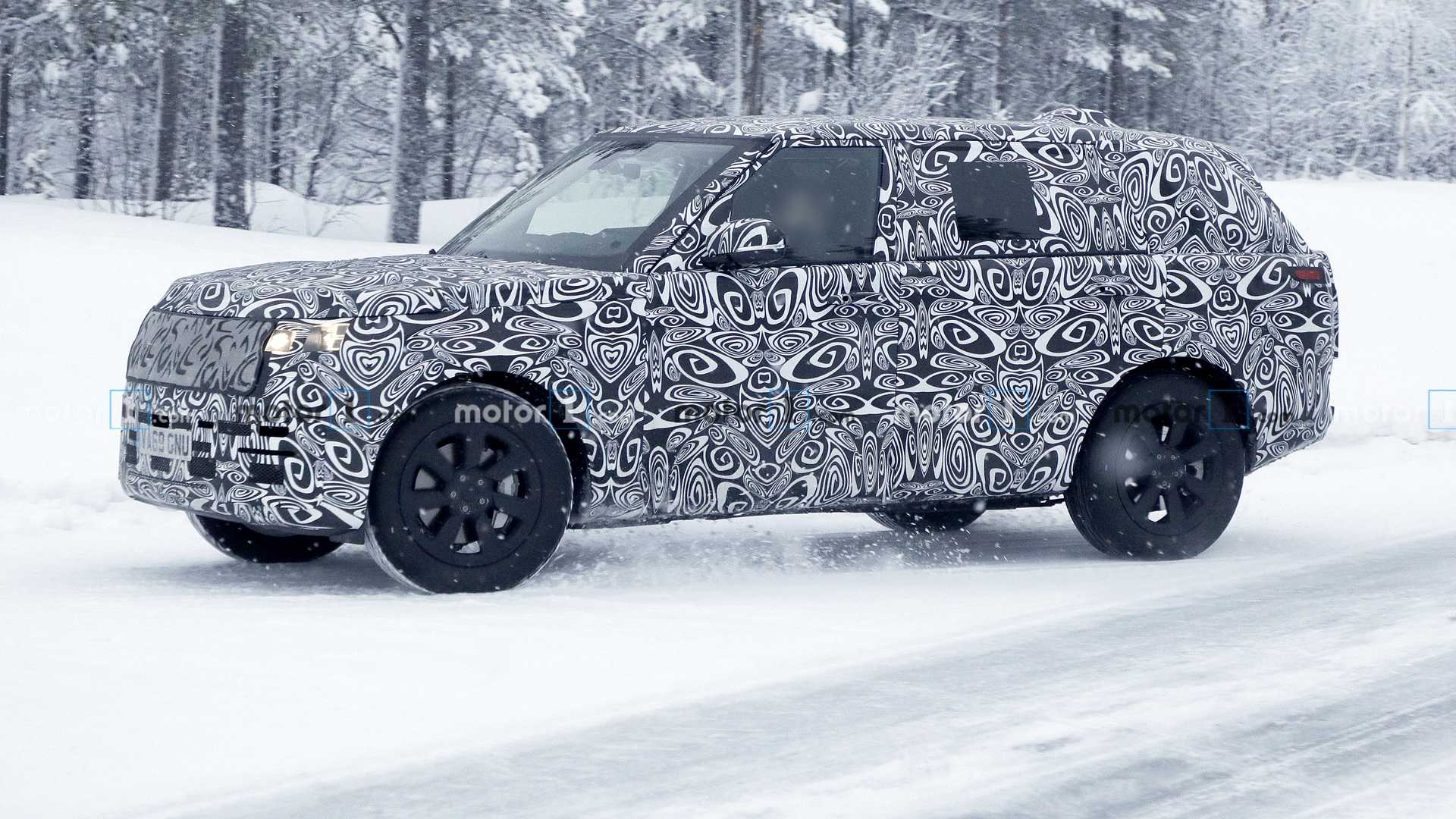 New Range Rover Spied Up Close Flaunting Its Long Wheelbase