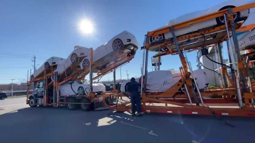 Corvette C8 Transport Video Shows Challenges Of Delivering 10 Cars