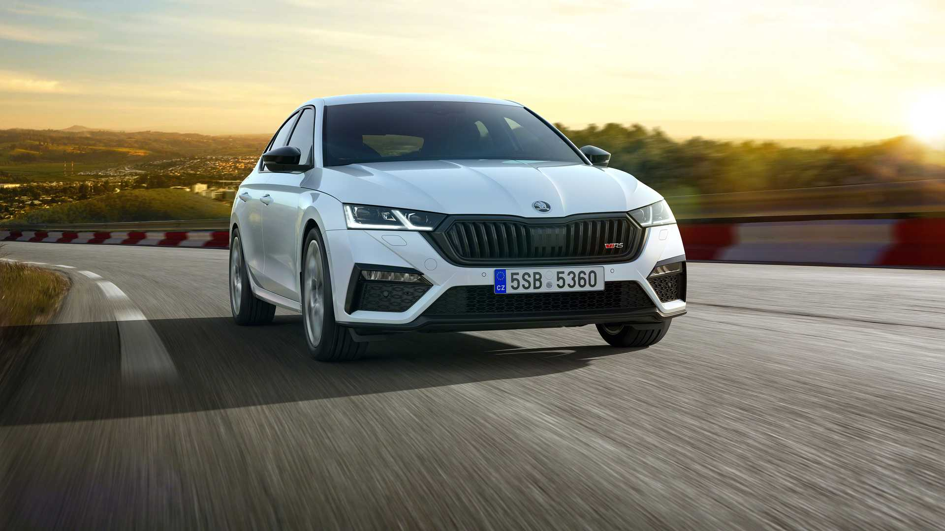 2021 Skoda Octavia Rs Iv Revealed With 242 Electrified Horsepower